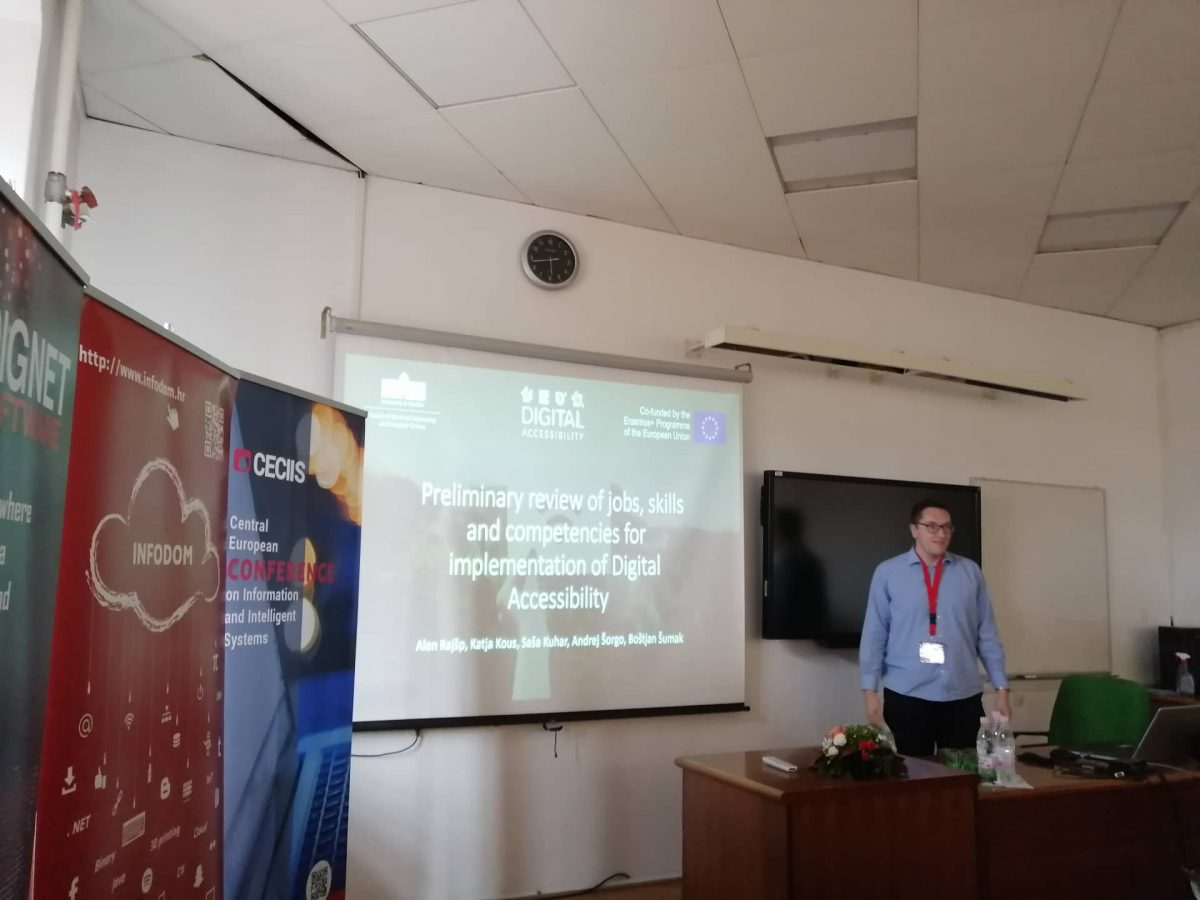 Alen Rajšp presenting the project at the CECIIS 2019 Conference